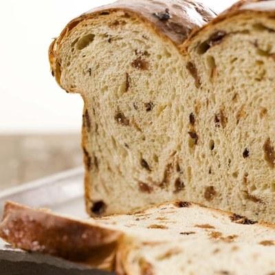 Dwarsgebakken Vruchtenbrood